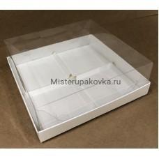 Коробка для пирожных 170х170х80, с разделителями (фасовка 5 шт.)